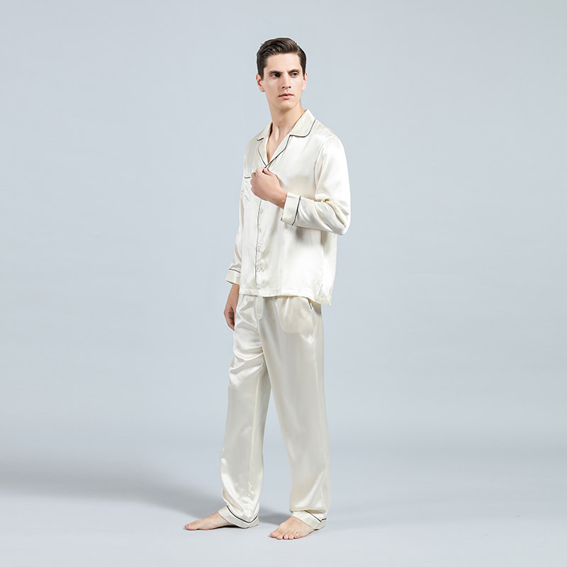 mulberry-silk-pajamas-set-for-men-08