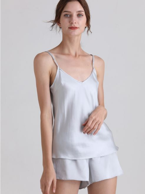womens-mulberry-silk-v-neck-pajamas-set-sleeveless-sleepwear-cami-set-with-short-pants-nightwear-color-blue-01