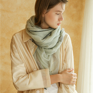 lightweight-100-percent-cashmere-scarf-60g-green-white-and-camel-color-green-03