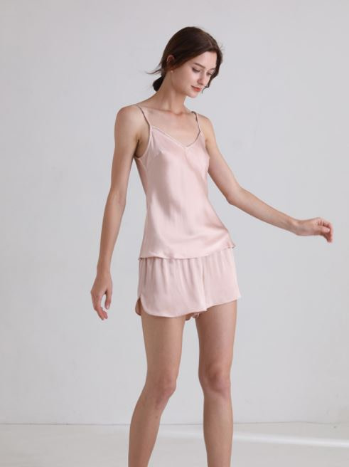 womens-mulberry-silk-v-neck-pajamas-set-sleeveless-sleepwear-cami-set-with-short-pants-nightwear-color-pink-04