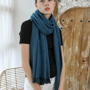 thick-100-percent-cashmere-scarf-shawl-220g-peacock-blue-04