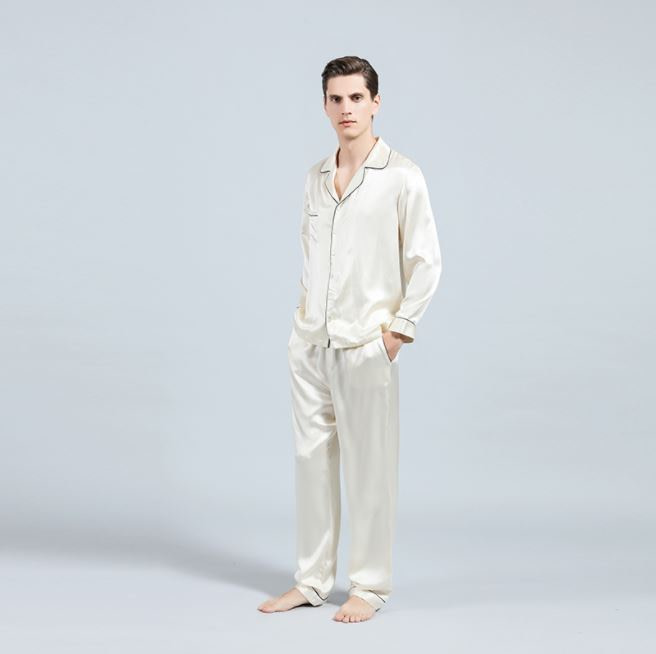 mulberry-silk-pajamas-set-for-men-02