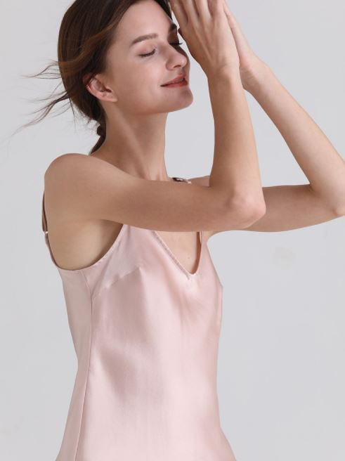 womens-mulberry-silk-v-neck-pajamas-set-sleeveless-sleepwear-cami-set-with-short-pants-nightwear-color-pink-02
