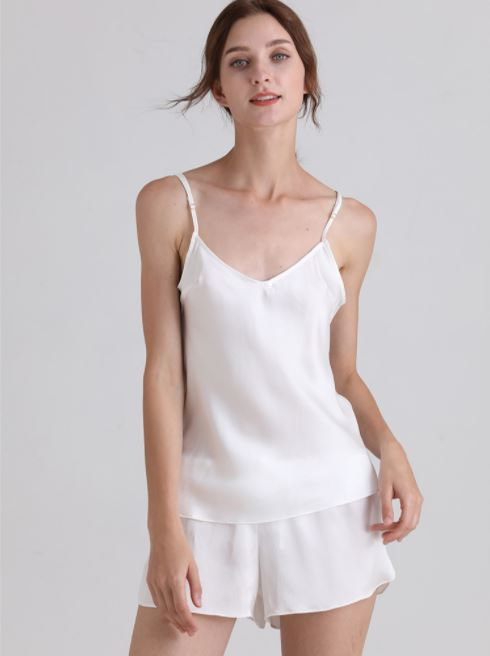 womens-mulberry-silk-v-neck-pajamas-set-sleeveless-sleepwear-cami-set-with-short-pants-nightwear-color-white-02