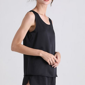 womens-100-percent-pure-mulberry-silk-sleeveless-camisole-crew-neck-color-black-01
